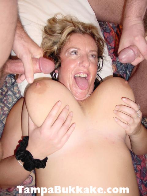 Butt housewife mature mom tgp